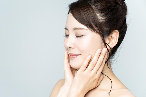 顎のたるみの効果的な解消法|いつまでもハリのある肌でいるために